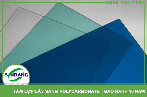 tấm lợp polycarbonate đặc ruột