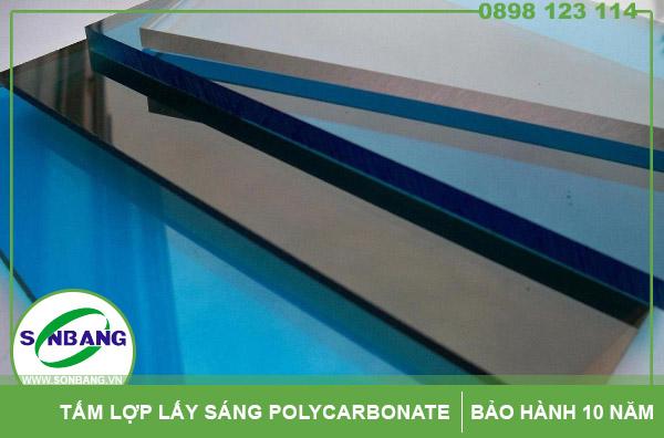 tấm nhựa chịu lực polycarbonate