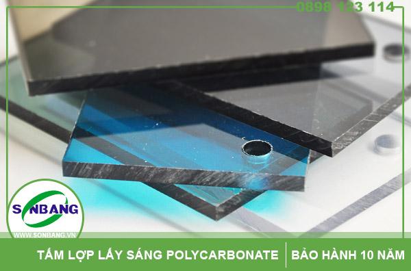 Tấm lấy sáng thông minh polycarbonate đặc ruột dạng phẳng