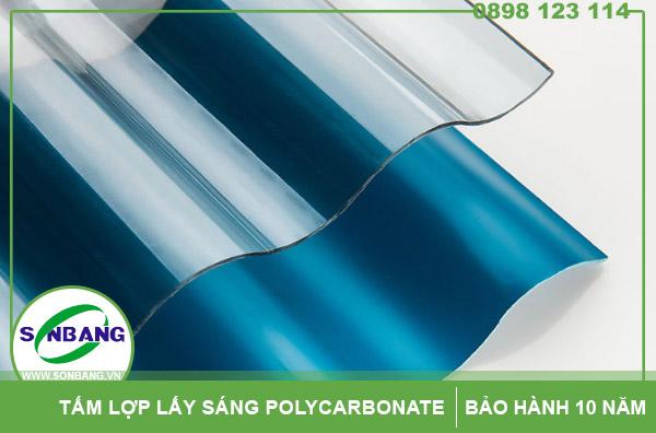 Tấm lợp poly sóng đặc